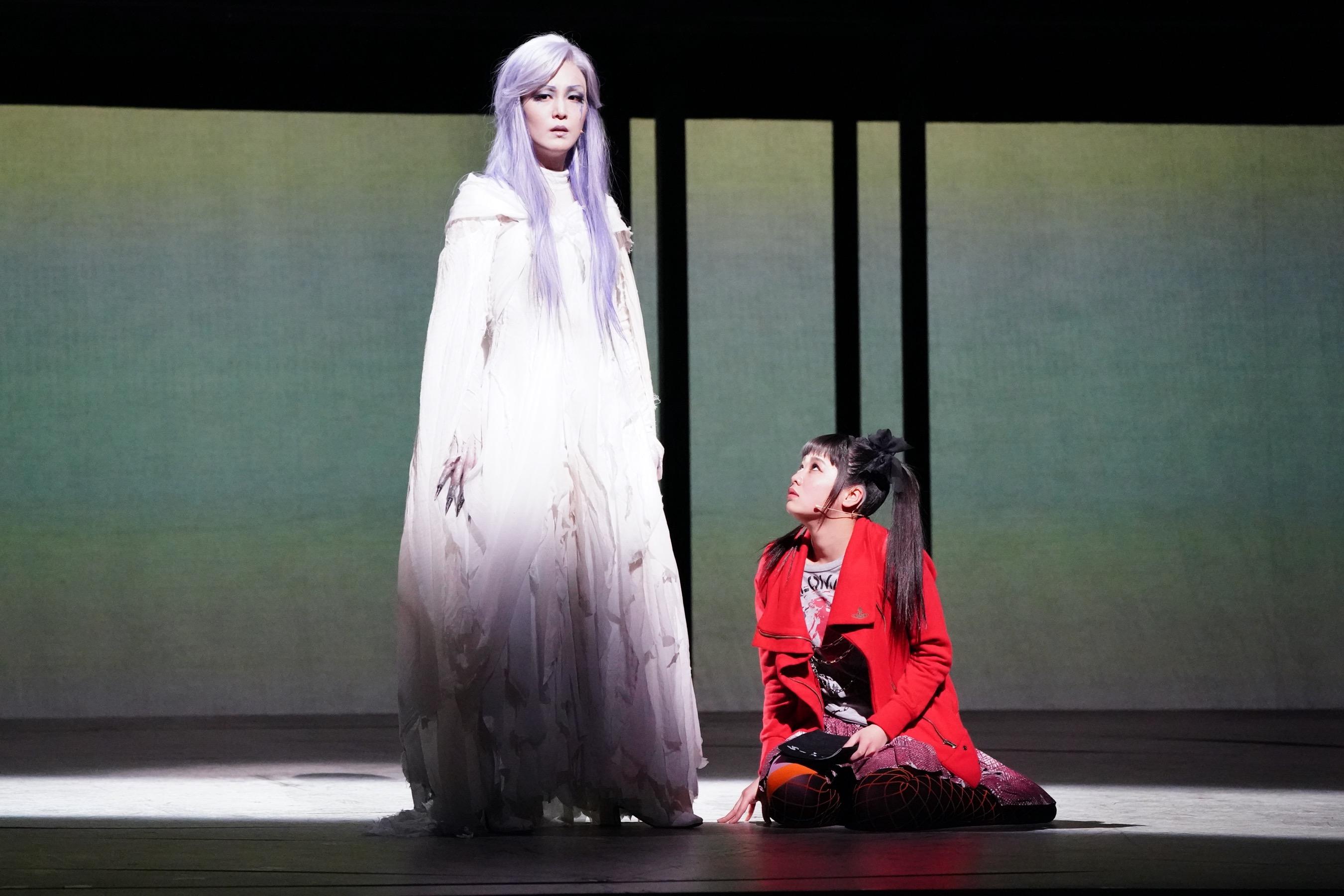 20200201_左)死神レム役 パク・ヘナ/右)弥海砂役・吉柳咲良